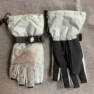 Other - New Ski Snowboard Gloves